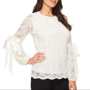 Vince Camuto bow sleeve lace floral 2-layer top. S